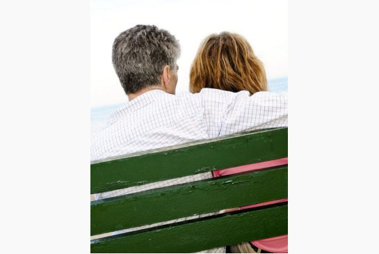 older_couple_bench1.jpg.size.xxlarge.letterbox